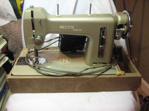 sewing machine obsession – a word is elegy to what it signifies on necchi bu mira belt, necchi bu mira ebay, necchi bu mira sewing machine,