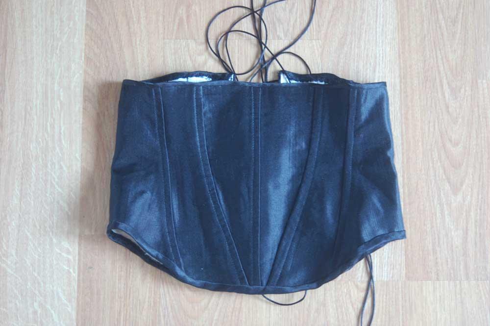 201608-corset-1-front